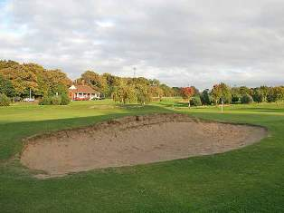 Rules related to bunkers in golf